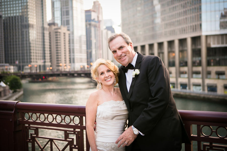 Chicago_Wedding_Intercontinental_Chicago_Magnificent_Mile_RiverbendStudio_occasionsonline_0056