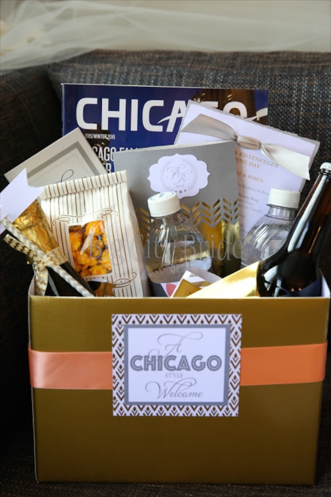 Wedding Welcome Bag Ideas Chicago : Photo Credit: Chicago Wedding Photographer Robyn Rachel Photography